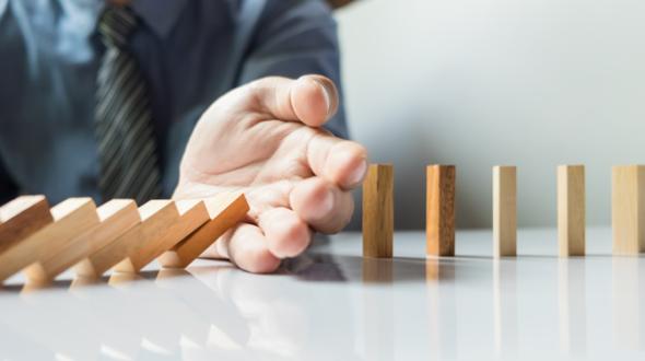 Quản trị rủi ro pháp lý trong doanh nghiệp